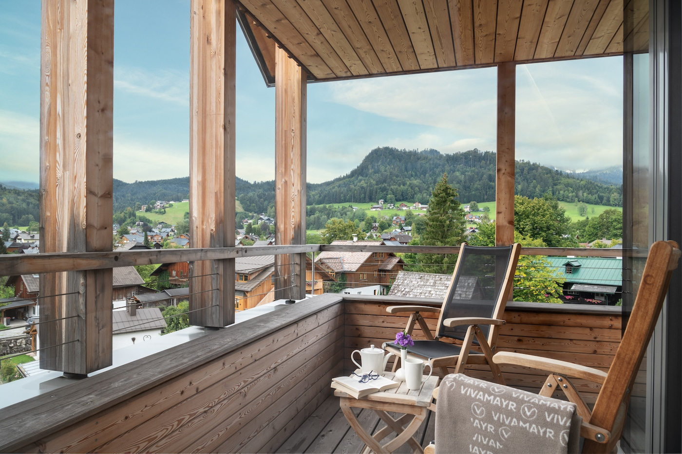 Balcony in Deluxe room with mountains view at VIVAMAYR Altausee