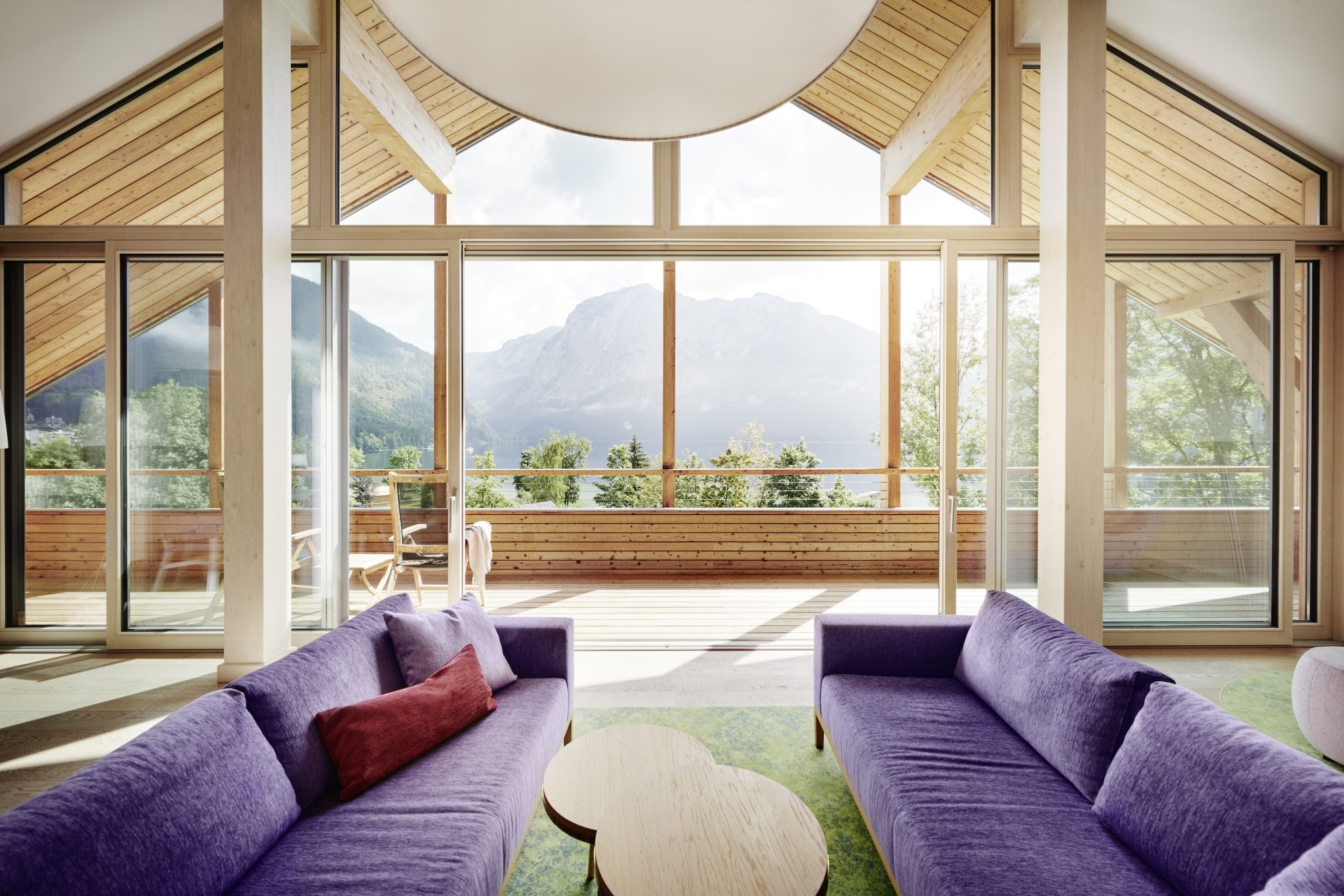 Penthouse at VIVAMAYR Altaussee with the Styrian mountains in the background